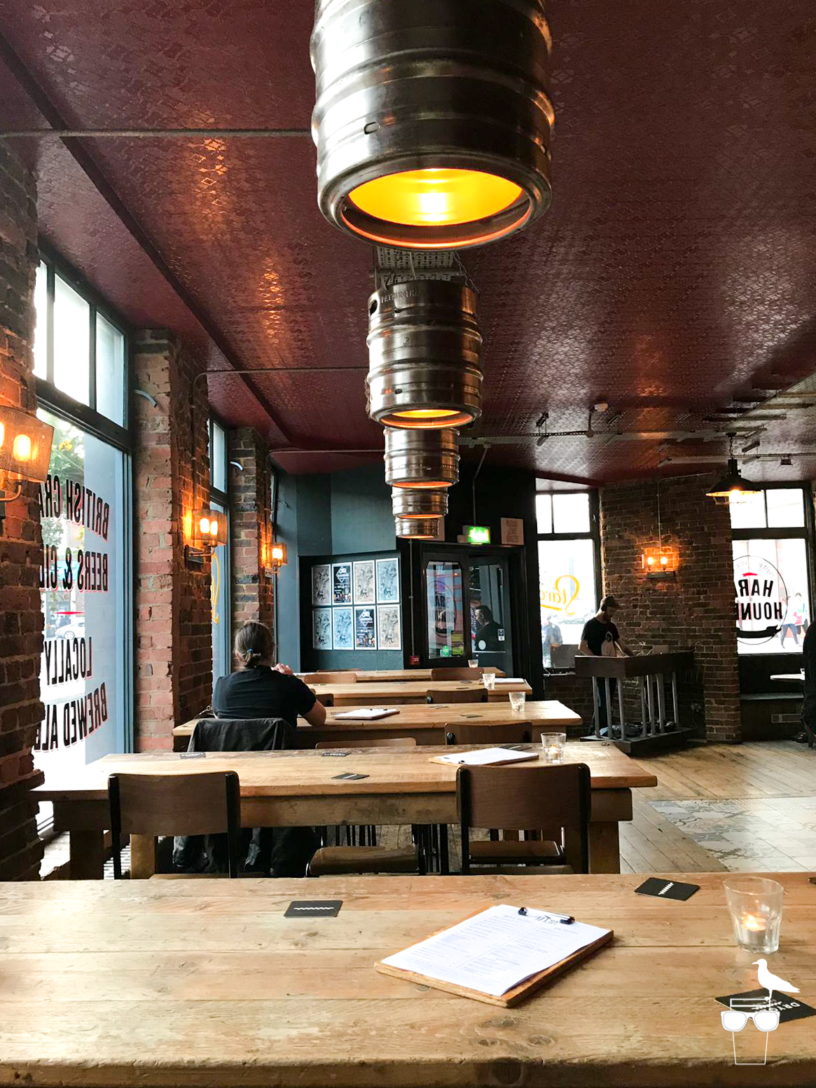 the hare and hounds pub brighton inside high seating and benches