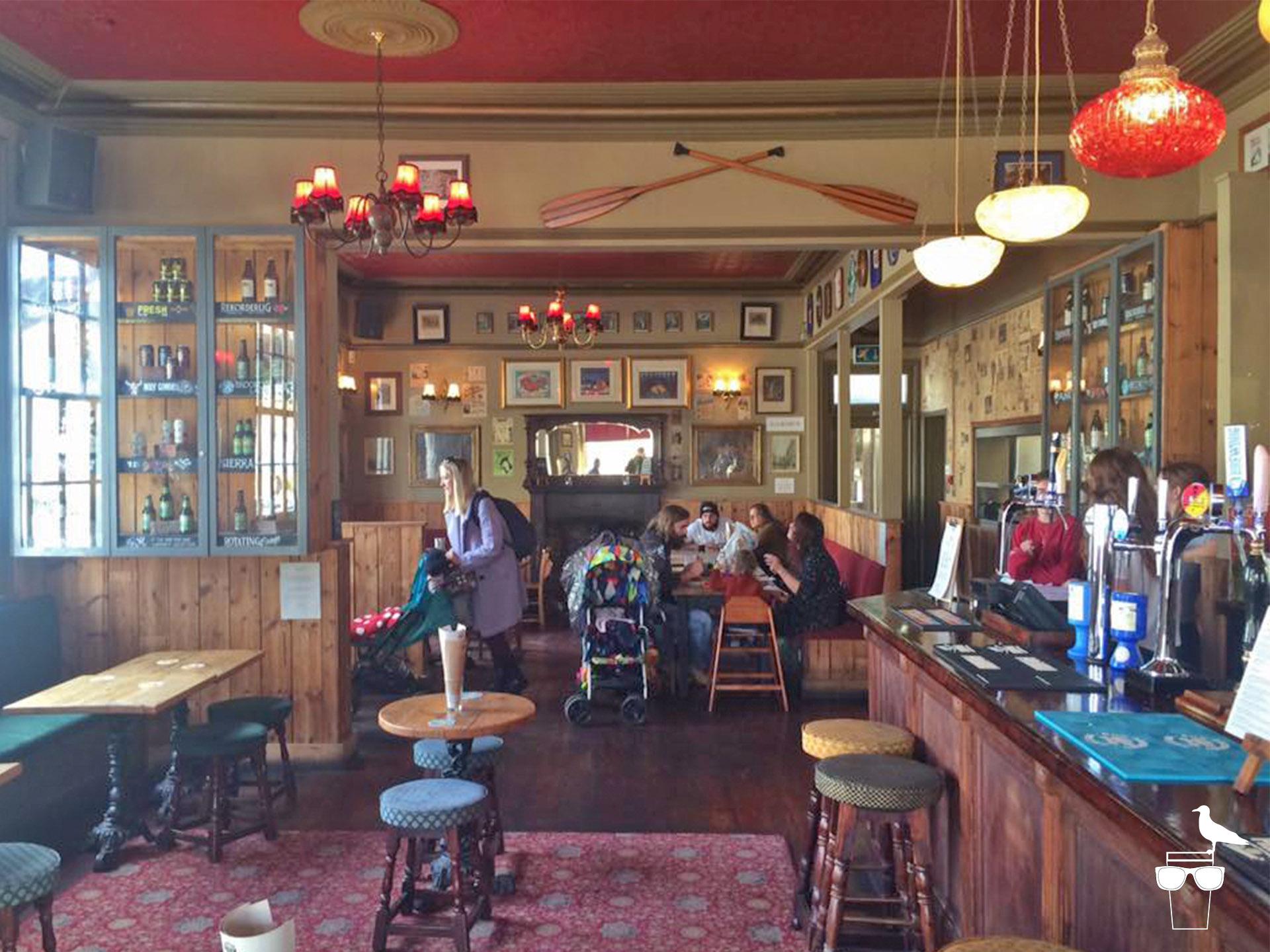 preston park tavern brighton inside bar area