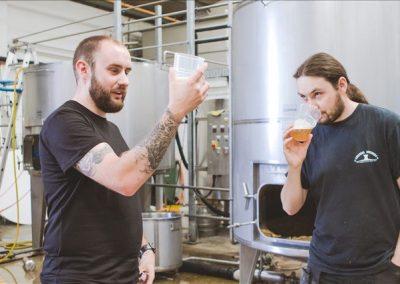 arundel-brewery-brewers-tasting-beer