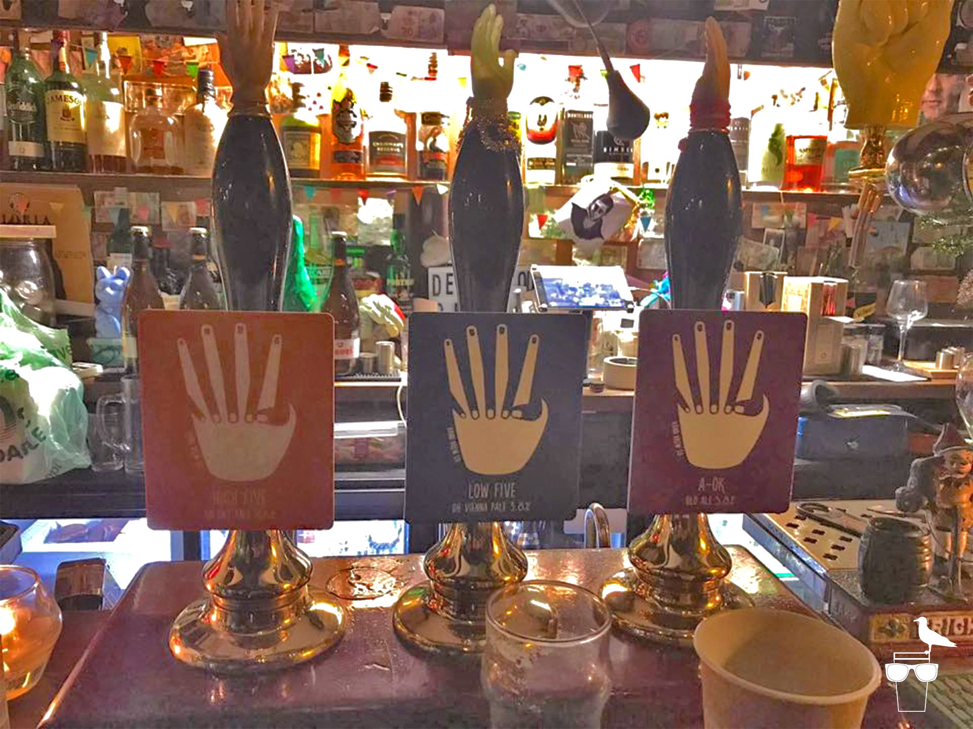 hand in hand pub kemptown brighton cask pumps on bar