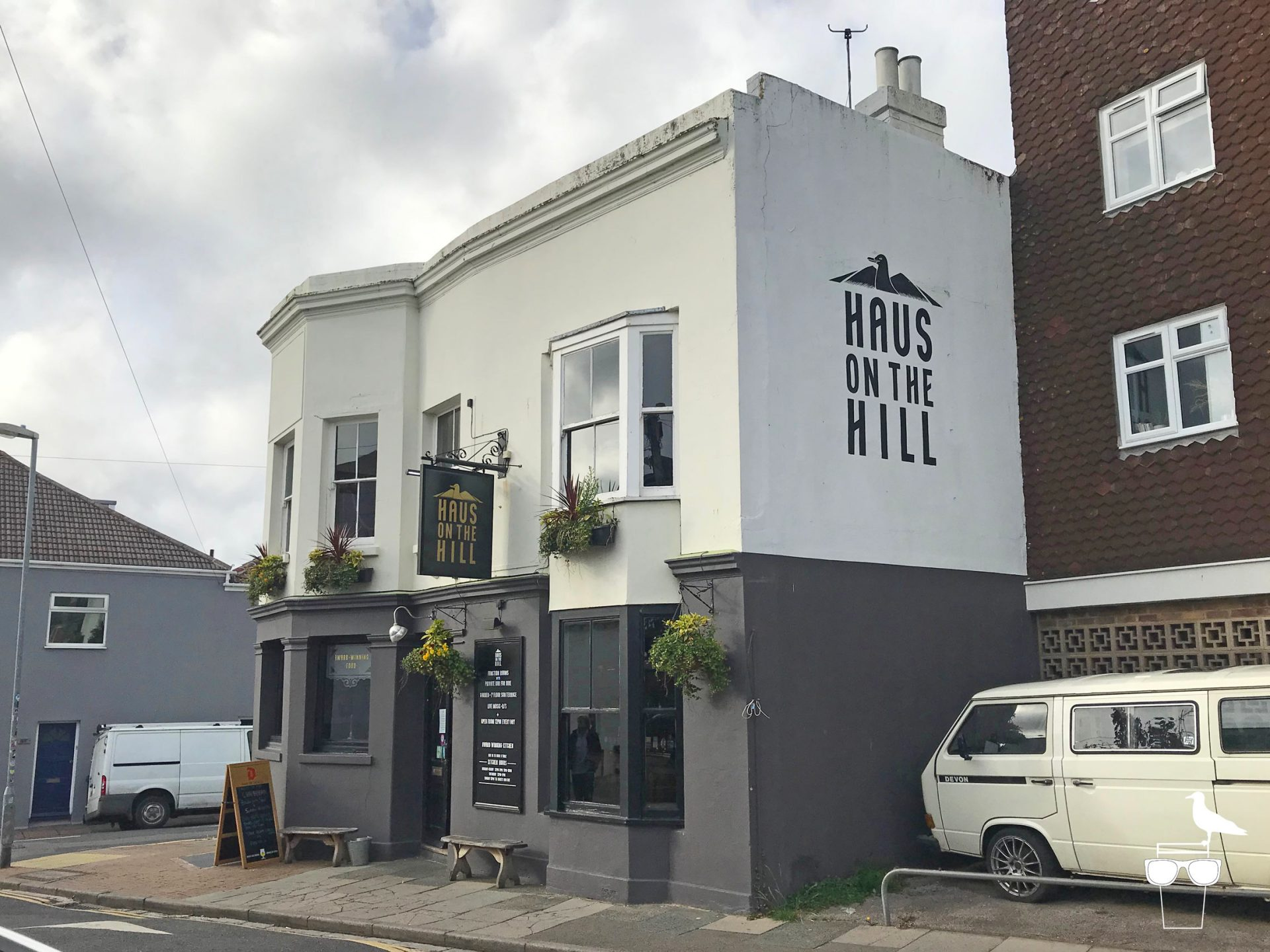 haus on the hill brighton pub hanover outside