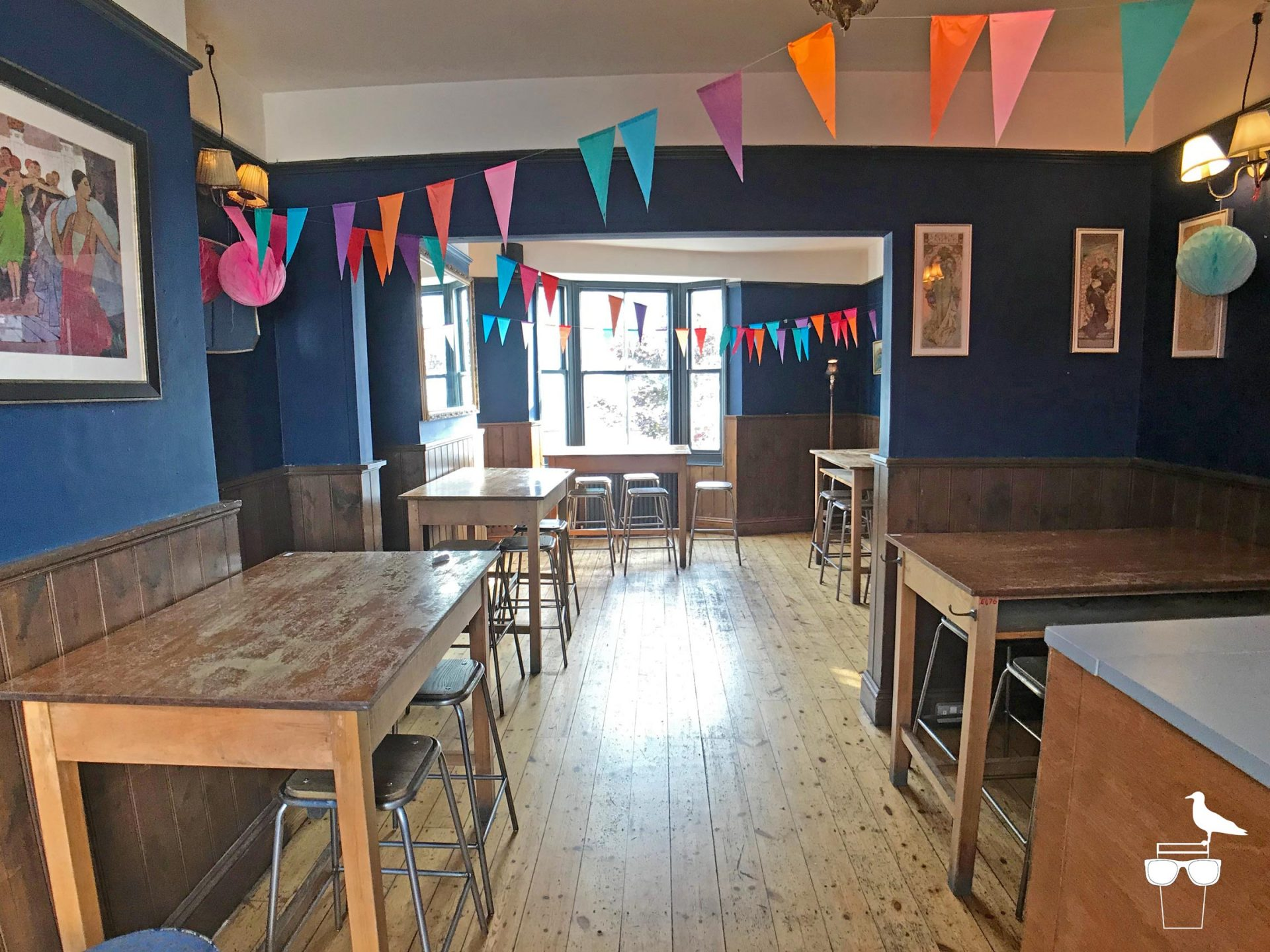 haus on the hill brighton pub hanover upstairs room seating