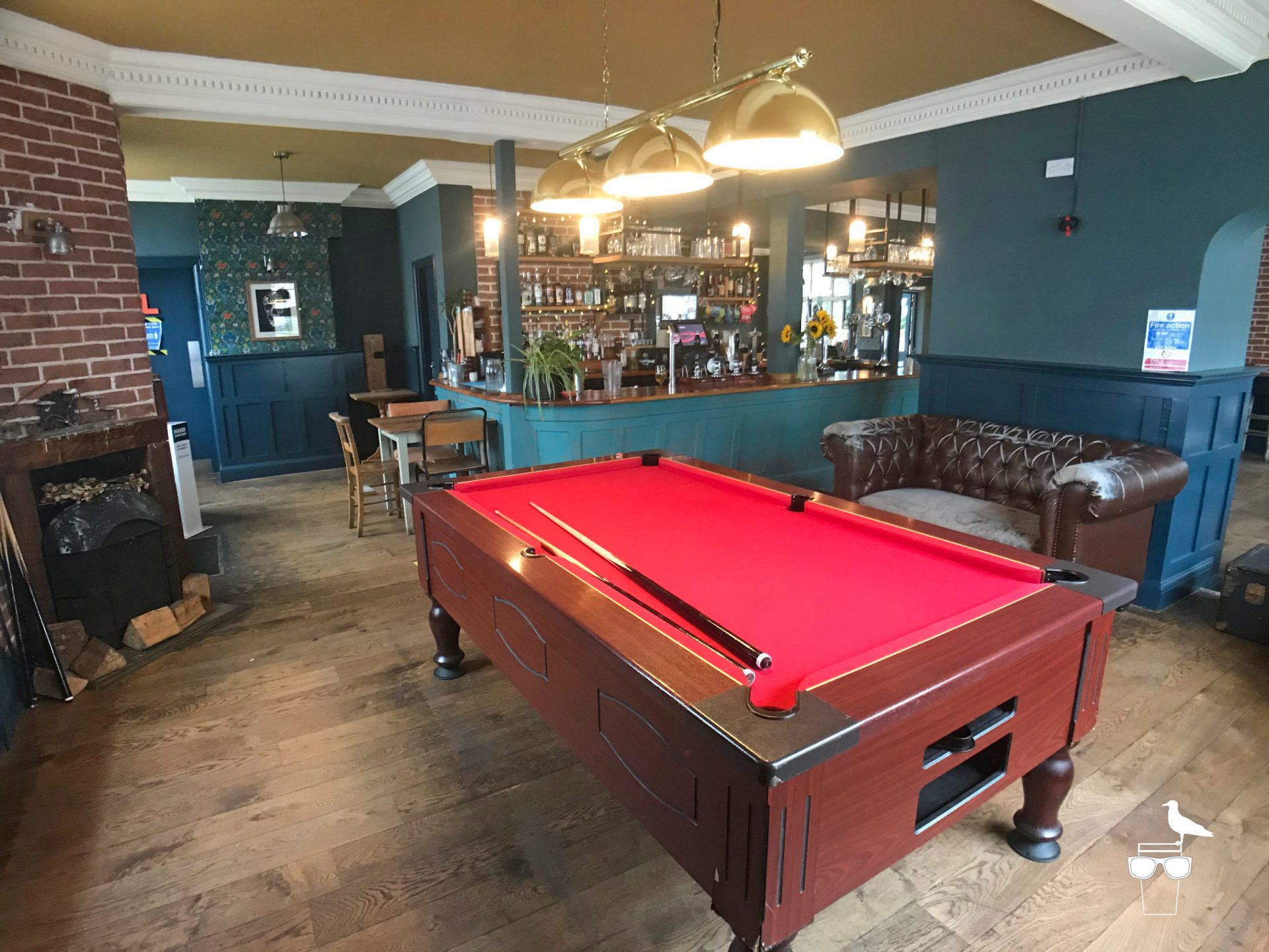 martha-gunn-pub-brighton-inside-pool-table