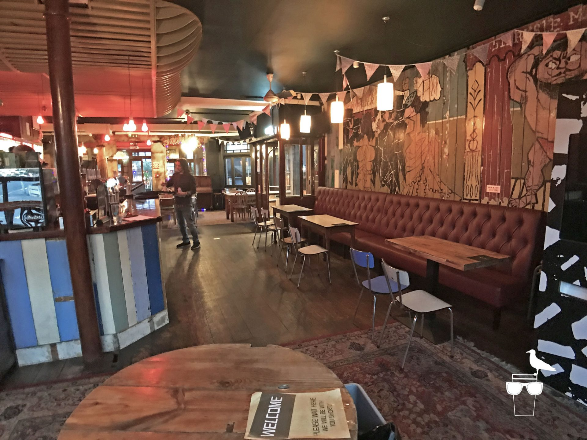 sidewinder-brighton-inside-wide-view-of-bar-2