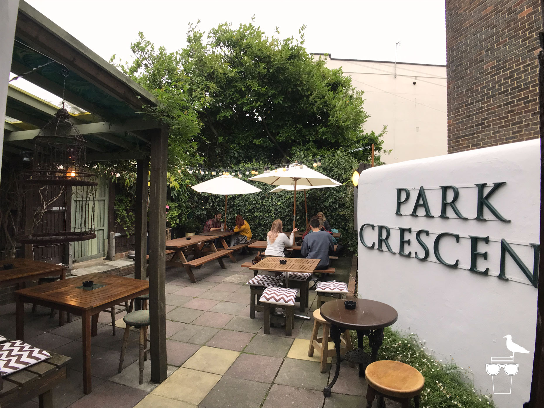 the-park-crescent-pub-brighton-back-garden