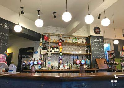 the-prestonville-arms-pub-brighton-inside-bar-and-taps