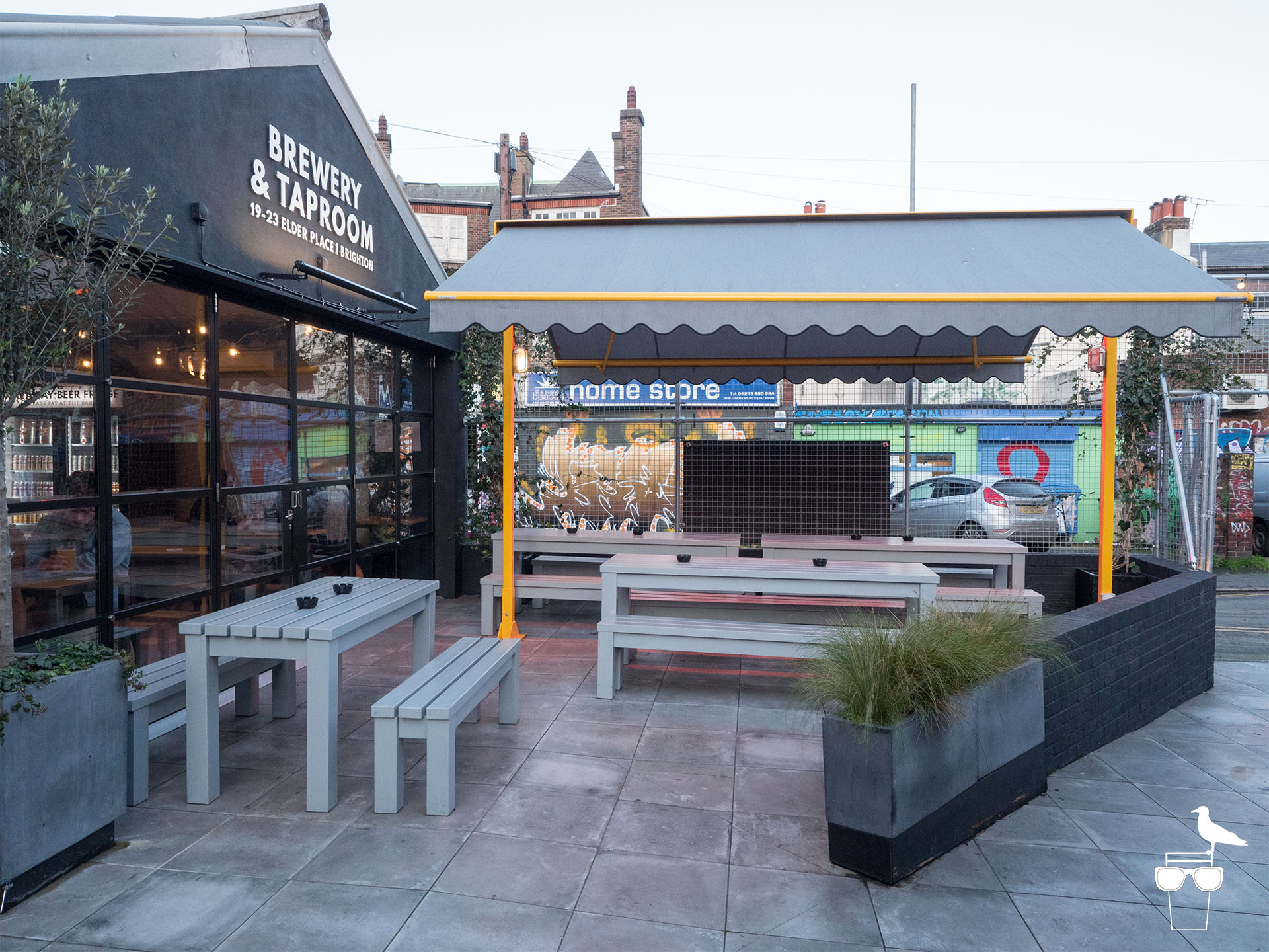 unbarred brewery and taproom brighton outside seating smoking area