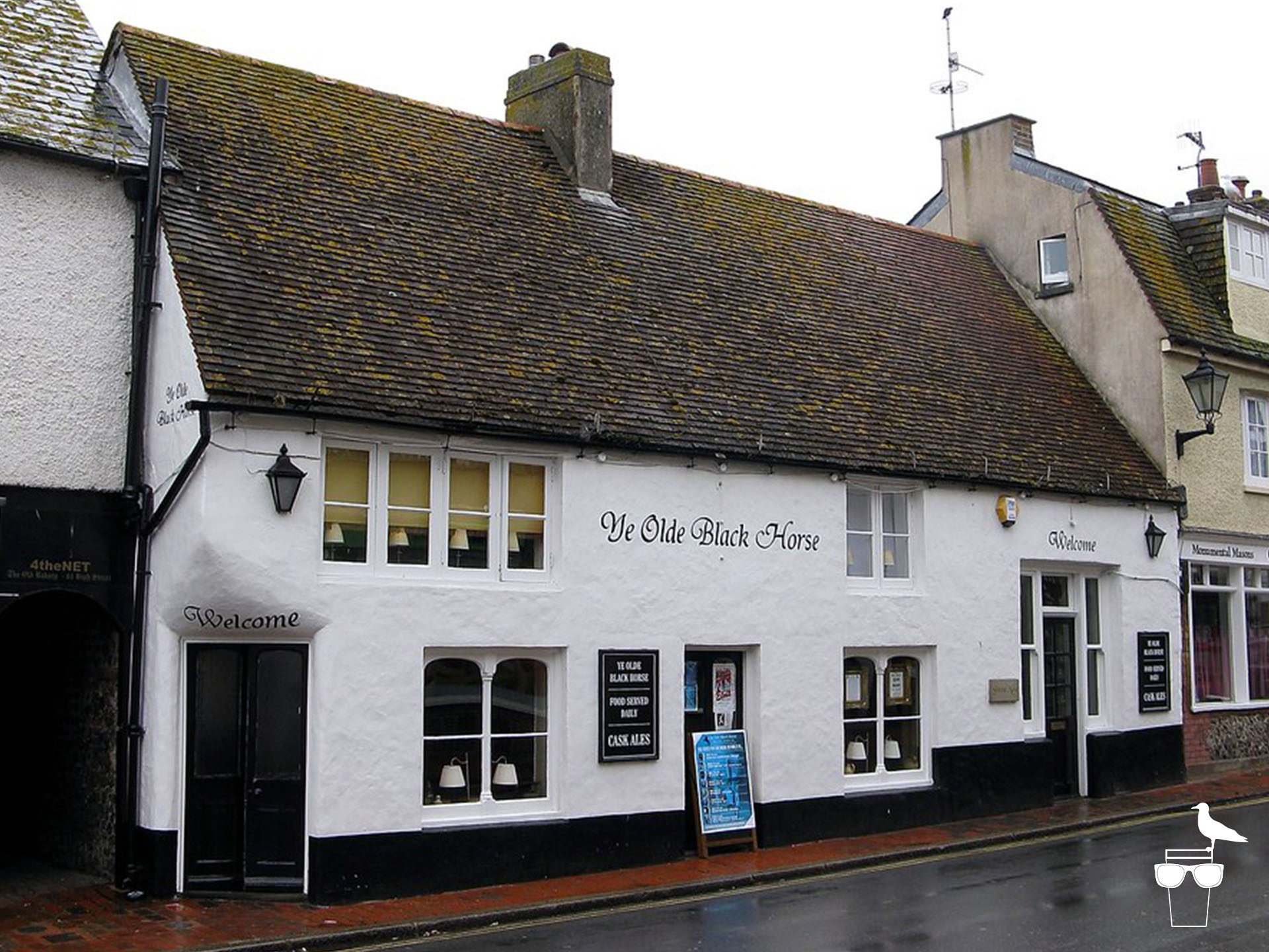 ye olde black horse pub rottingdean from outside